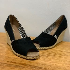 Black Toms Wedges (size W7)